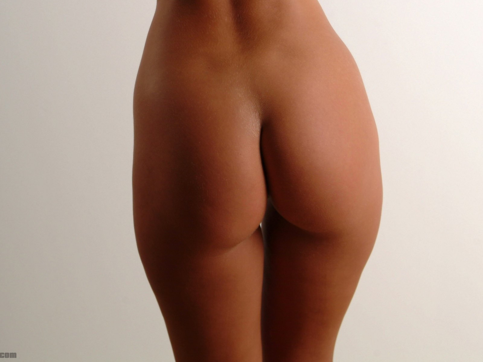 Самые красивые голые попочки девушек 24 фотография
