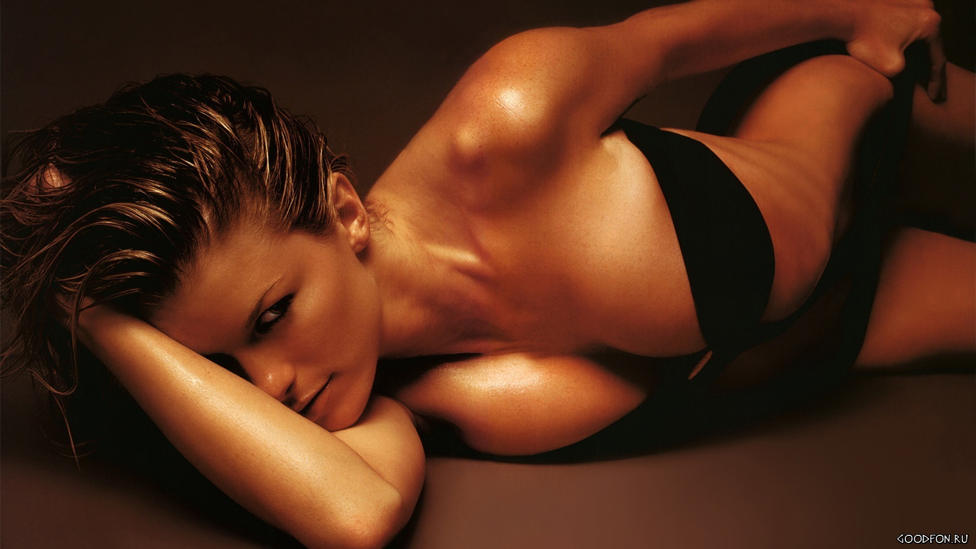 eroticheskie-otkrovennie-fotografii