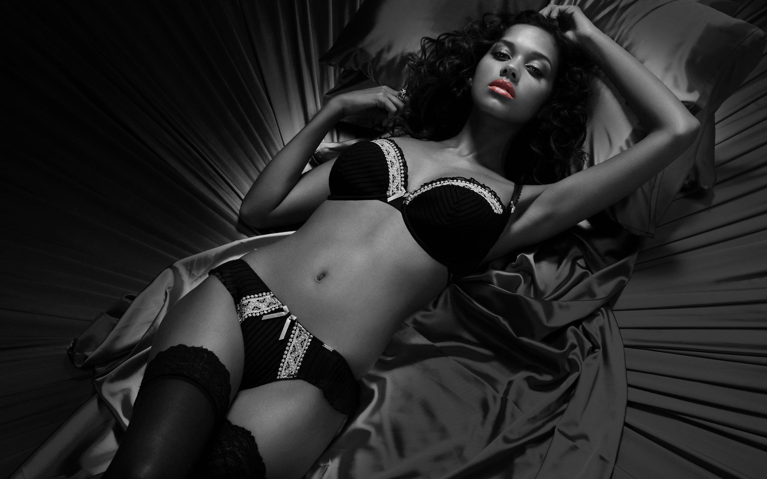 Чёрный эротический актёр 6 фотография