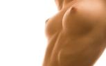 Обнаженная женская грудь